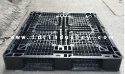 Pallet nhựa 100x100x12 cm